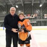 Atome A: Trophée joueur du tournoi des Rafales de SADM remis à Félix Plourde, commandite de Servitech, remis par M. Denis Labrie, Hockey-Matane