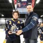 Atome CC: Trophée au joueur du tournoi  Bleu et Or de RDL remis à Philippe Labrie, commandite du Restaurant le Kentucky Matane et remis par M. Martin Simard, président Hockey Matane