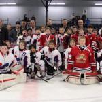 Atome A: L'équipe championne: Intersport avec l'équipe finaliste Mariniers Riverains Rimouski