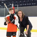 Novice C: Joueur par excellence: Vincent Roy, Lynx de SADM, commandite de Serviteh Inc, remis par Mme Marie-Michèle Murray, secrétaire Hockey Matane
